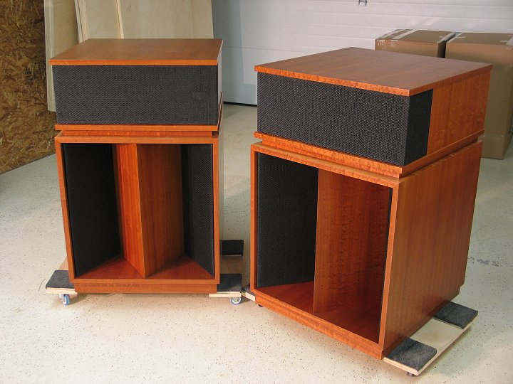 klipsch old speakers. if so, please send an email. now just $6,000 for the pair! plus shipping. this is really a great value pair of speakers. klipsch old speakers r